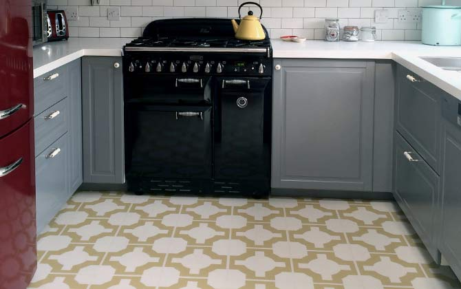 Before & After: Laura's Kitchen/Diner is Transformed with a Stunning Neisha Crosland Floor.